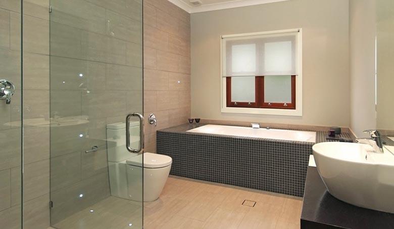 oaklands bathrooms 2